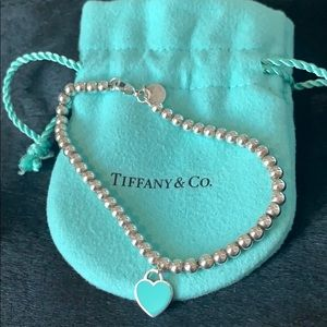 Return to Tiffany & Co. Blue Bead Heart Bracelet